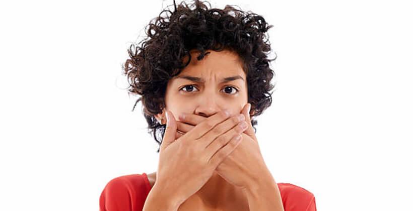 A legegyszerűbb módszer szájszag ellen: elpusztítja a baktériumokat, felfrissíti a leheletet