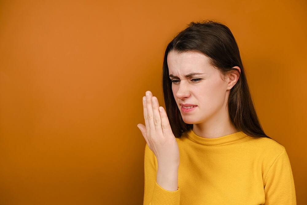 Az aceton szaga a szájból miért, Az aceton szagának okai a szájból