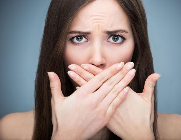 9 dolog, amitől rossz lehet a lehelet | Marie Claire