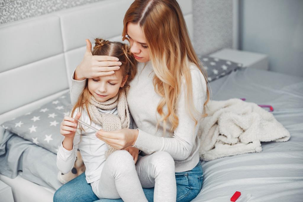 férgek petesejtjei láz nélküli gyermekekben