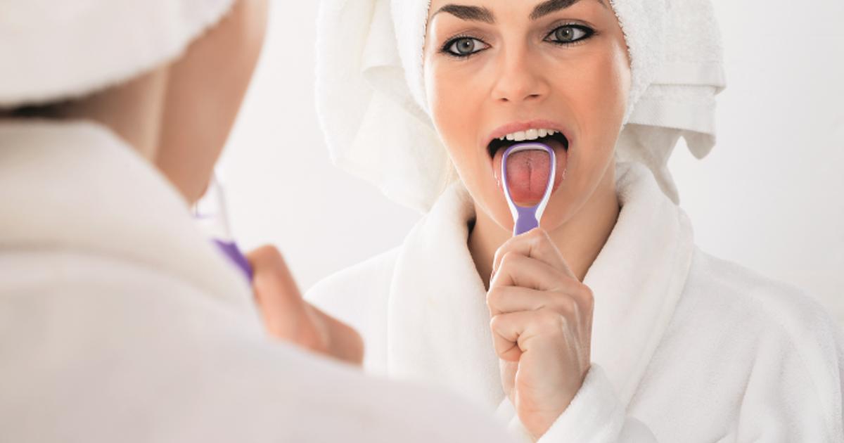 lepedék nyelvszaga a szájból