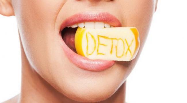 a betegségek tünetei szájon át szagolják az acetont
