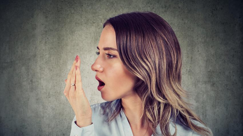 Mi okozza a rossz leheletet? | parodontax