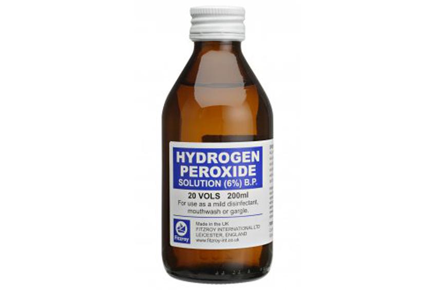 Mire jó még a hidrogén-peroxid? • Praktikák • Otthon • Reader's Digest