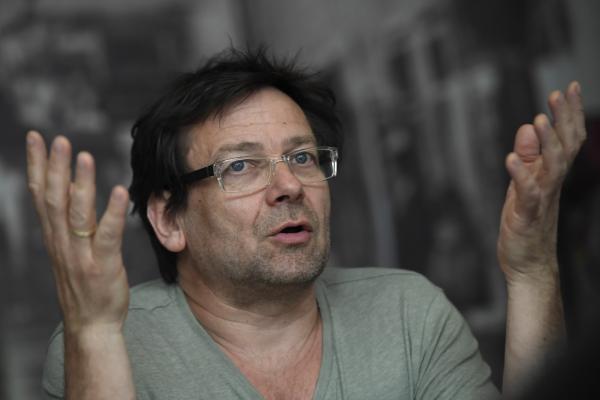 Lovasi András : Féreg dalszöveg - Zeneszöprokontra.hu