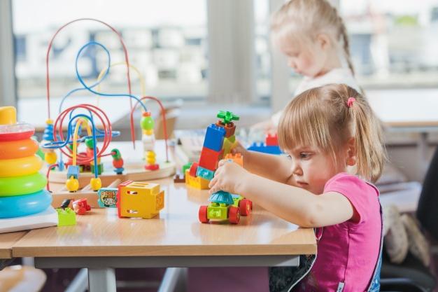 A hároméves gyermek fejlődési jellegzetességei (3 és 4 év közötti gyerekek)